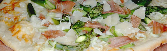 Chinook Wines asparagus pizza